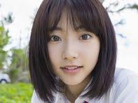 武田玲奈が女子校生の制服で濡れていくエロ画像