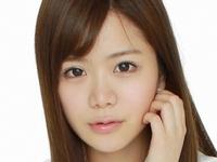 桜ハナの色白ピチピチな女子校生制服画像