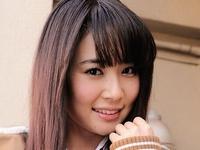 橘奈々子の白ハイソックスな女子校生制服画像