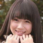 ジュニアアイドル安藤穂乃果の制服画像