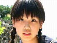 鮎川穂乃果がジュニアアイドルの頃の制服画像