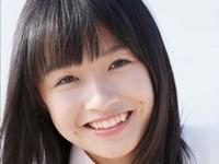 百川晴香の白ハイソと紺ハイソのJK制服画像