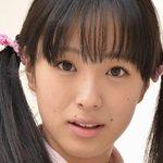大島珠奈のツインテールな女子校生制服画像