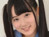 宮崎あやのパンチラしまくりな女子校生制服画像