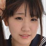 七菜原ココがセーラー服で白綿パンチラなJK画像
