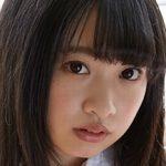 一色杏子が教室で制服を脱いでいく女子校生動画