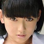 本田真琴がJK制服を脱ぎながら挑発してきます