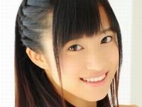 島田夏妃がJK制服を脱いで白下着で四つん這い