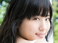 本田咲希がJK制服を脱いで白綿パンでマンスジ