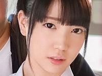 鈴木心春が女子校生の制服で痴漢されまくり