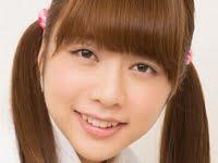 和泉美沙希の黒ハイソックスな女子校生制服画像
