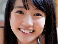荻野可鈴のセーラー服に白ハイソックスなJK動画