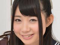 あゆな虹恋の白ハイソックスなセーラー服画像