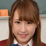 斉藤愛のムチムチした脚がエロい女子校生制服画像