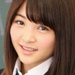 高橋えみるの色白ピチピチな女子校生コスプレ画像