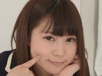 桜井紗稀の白ハイソックスな女子校生制服画像