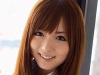 麻倉憂の紺色ハイソックスな女子校生制服画像