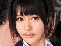 緒奈もえが女子校生の制服姿で痴漢されまくり