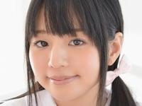 ロリ系女優宮野瞳の女子校生制服コスプレ画像
