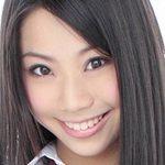 鈴木ふみ奈の黒ハイソックスな女子校生制服画像