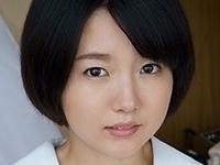 美咲ヒカルがセーラー服と白ハイソな制服セックス