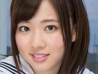 笹山りんの白ハイソックスなセーラー服画像