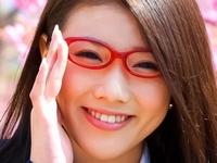 千明芸夢のメガネにプリスカなJK制服画像