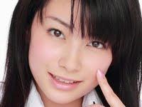 春野恵の黒ハイソックスな女子校生制服画像