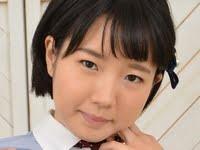 美咲ヒカルの白ハイソックスな女子校生制服画像