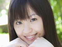 船岡咲の紺色ハイソックスな女子校生制服画像
