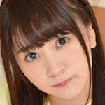 浜田翔子のポロシャツに紺色ハイソな女子校生画像