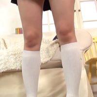 葉山夏恋が白ハイソなセーラー服を脱いで手ブラ