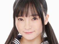 西永彩奈の白ソックスなセーラー服画像