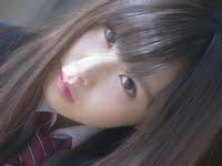 逢坂愛のブレザーと紺色ハイソックスな女子校生画像
