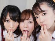 制服美少女の神3にパンチラ誘惑される禁断のVR動画