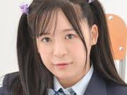 松田つかさ 白ハイソックスなブレザー制服画像